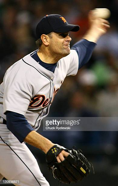 Detroit Tigers' Starter, Kenny Rogers, bears down during their game against the Chicago White Sox September 18, 2006 at U.S. Cellular Field in...