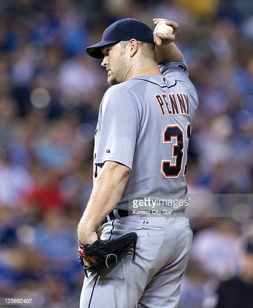 Detroit Tigers starting pitcher Brad Penny adjusts his hat before giving up a threerun homer to Kansas City Royals' Eric Hosmer in the fourth inning...