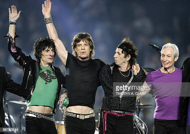 The Rolling Stones acknowledge applause during the halftime show of Super Bowl XL 05 February 2006 in Detroit MI AFP PHOTO/Timothy A CLARY
