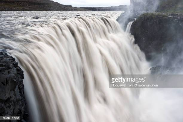 dettifoss waterfall, iceland, scandinavia, europe - big tom stock pictures, royalty-free photos & images