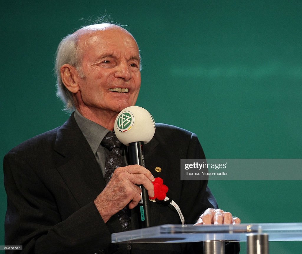 Dettmar Cramer talks during the gala of German football legends at the Konzerthaus on March 25, 2007 in Freiburg, Germany. The DfB celebrates the first international game of the German national team against the Switzerland in 1908.