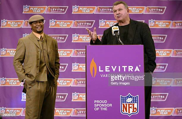 Deuce McAllister of the New Orleans Saints accepts the NFL Play of the Year Award presented by Levitra from Mike Ditka NFL HallofFamer on January 28...