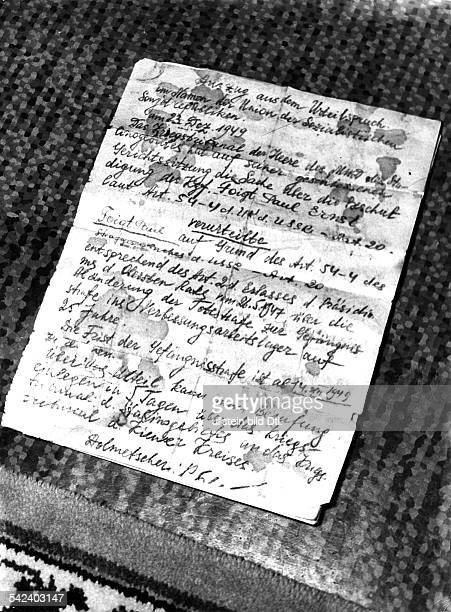 Deutsche Abschrift eines SMAUrteiles über 25 Jahre Arbeitslager Verurteilter Paul Ernst Foigt Auszug aus dem Urteilspruch im Namen der Union der...