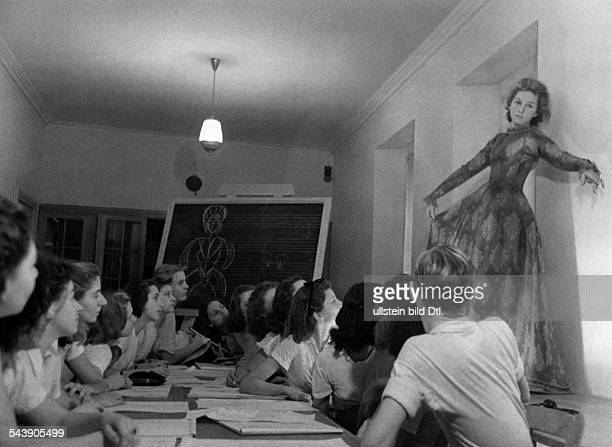 Deutsche Tanzschule Berlin Students during a lesson in costume design Photographer Ullmann Published by 'Koralle' 21/1943Vintage property of ullstein...
