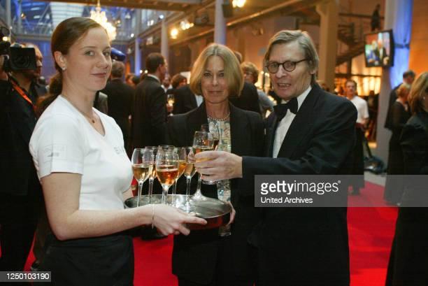 Deutscher Fernsehpreis 2002 - Auftakt zur Verleihung des 4 Deutschen Fernsehpreis.