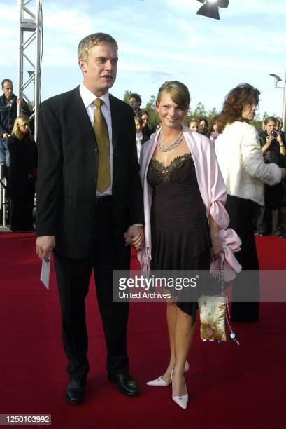 Deutscher Fernsehpreis 2004 - Verleihung des 6 Deutschen Fernsehpreises im Coloneum in Köln. Roter Teppich. Sebastian Bezzel.
