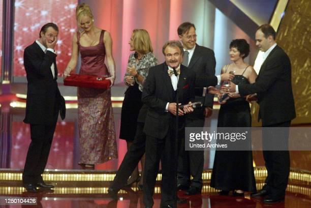 Deutscher Fernsehpreis 2004 - Verleihung des 6 Deutschen Fernsehpreises im Coloneum in Köln. Preisträger.