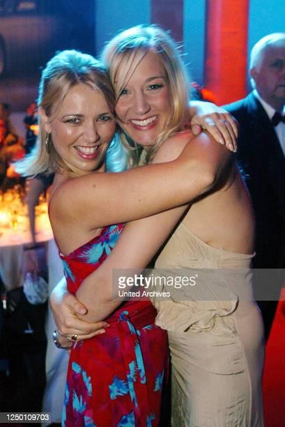 5 Deutscher Fernsehpreis AfterShow Party Tina Ruland und Janine Kunze