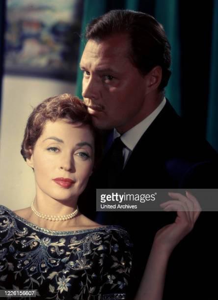 Deutschland 1956 / Falk Harnack / LILLI PALMER , IVAN DESNY , Studioaufnahme zum Spielfilm: 'Anastasia - Die letzte Zarentochter', 1956.