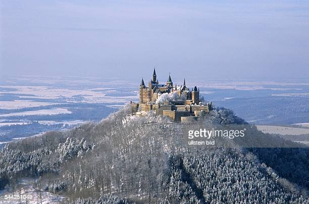 Deutschland Baden Württemberg Hechingen Burg Hohenzollern im Winter 2005