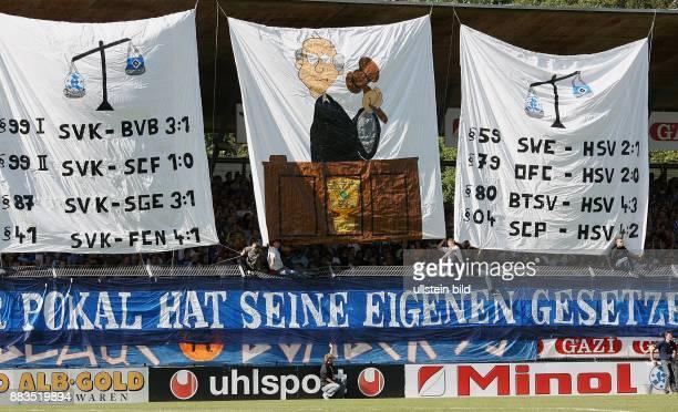 Deutschland BadenWürttemberg Stuttgart DFBPokal Saison 2006/2007 Stuttgarter Kickers Hamburger SV 43 nach Verlängerung Transparente im Stuttgarter...