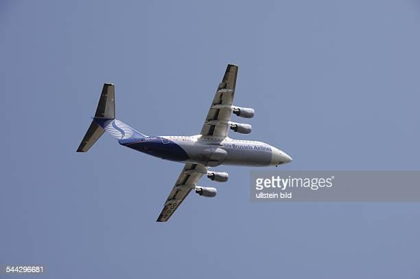 Deutschland Berlin Ein Flugzeug der belgischen Gesellschaft SN Brussels Airlines