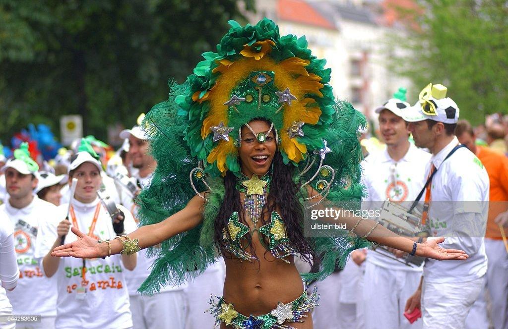 Berlin - Karneval der Kulturen Pictures | Getty Images