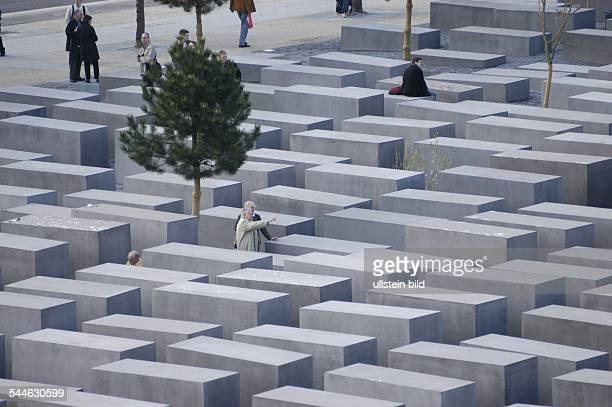 das HolocaustMahnmal von Architekt Peter Eisenman erinnert an die ermordeten Juden Europas