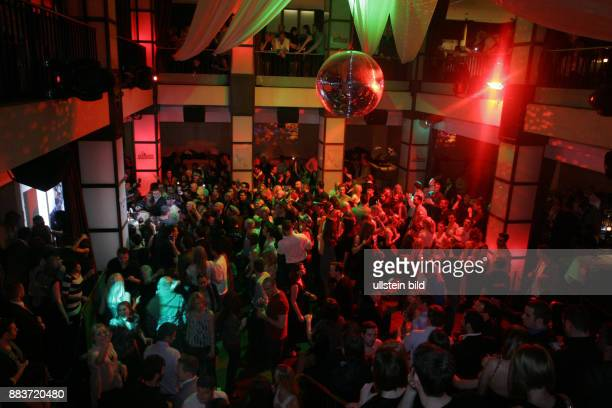 Bild Disco Pictures And Photos Getty Images