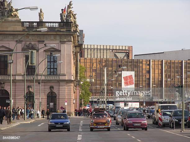 Unter den Linden Deutsches Historisches Museum Palast der Republik