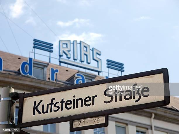 Deutschland Berlin RIAS Schriftzug auf dem Dach des ehemaligen RIAS Funkhauses fruehere Anschrift Kufsteiner Strasse