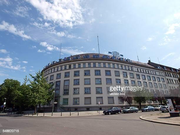 Deutschland Berlin Schoeneberg ehemaliges Funkhaus von RIAS Berlin HansRosenthal Platz heute Sitz von Deutschlandradio