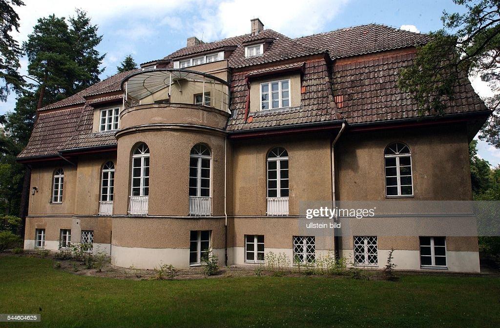 Berlin Zehlendorf : die ehemalige Villa von Zarah Leander im Grunewald : News Photo
