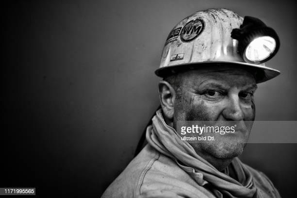 Deutschland, das sind Deine letzten Bergmänner - Prosper Haniel letzte Steinkohlezeche in Deutschland - Bernd Haack