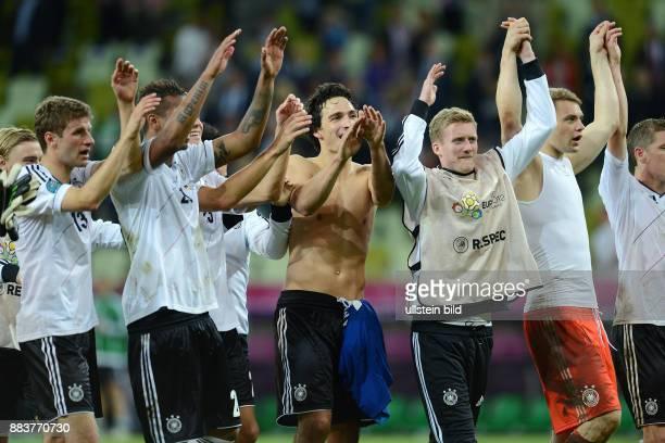 FUSSBALL EUROPAMEISTERSCHAFT Deutschland Griechenland Thomas Mueller Jerome Boateng Mats Hummels Andre Schuerrle Torwart Manuel Neuer