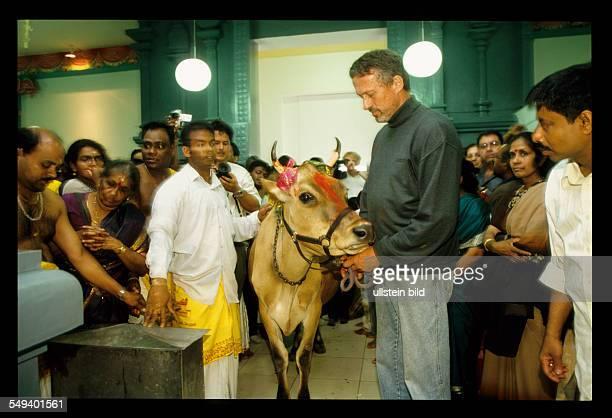 DEU Deutschland Hamm die Einweihungsfeier des Hinduistischen Sri Kamadchi Ampal Tempel in HammUentrop Der Neubau ist der groesste hindutamilische...