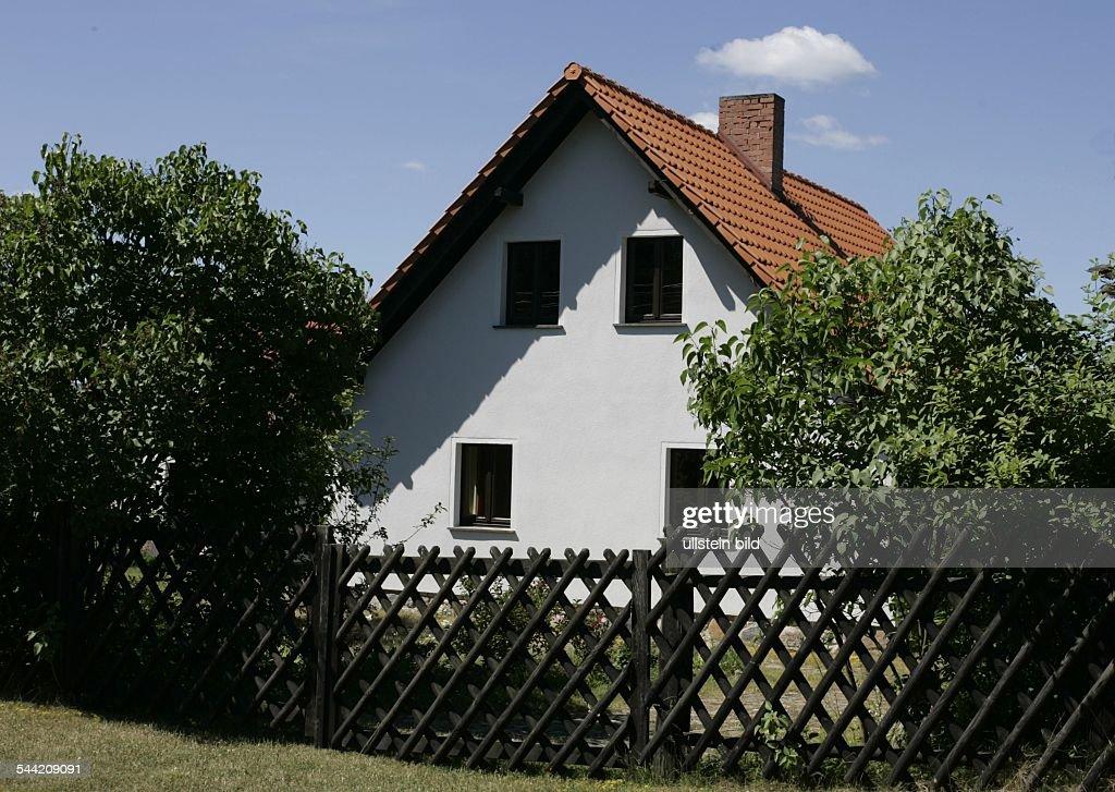 Hohenwalde - Ferienhaus von Angela Merkel : News Photo