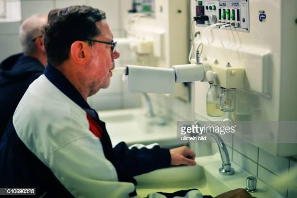 Diese Klinik widmet sich der Rehablitation von Patienten in Bereichen der Orthopaedie und Kardiologie in Bad Waldliesborn am Reha durch SoleInhalation