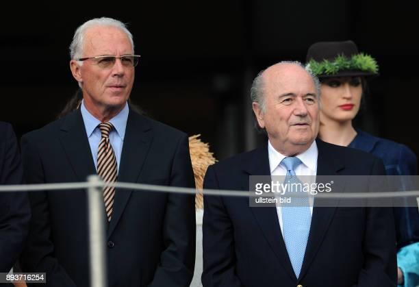 FUSSBALL FRAUEN Deutschland Nigeria Franz BECKENBAUER und FIFA Praesident Joseph S BLATTER