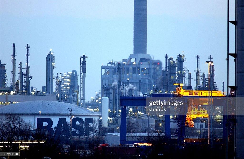 Deutschland, Rheinland-Pfalz , Ludwigshafen - das BASF AG ...