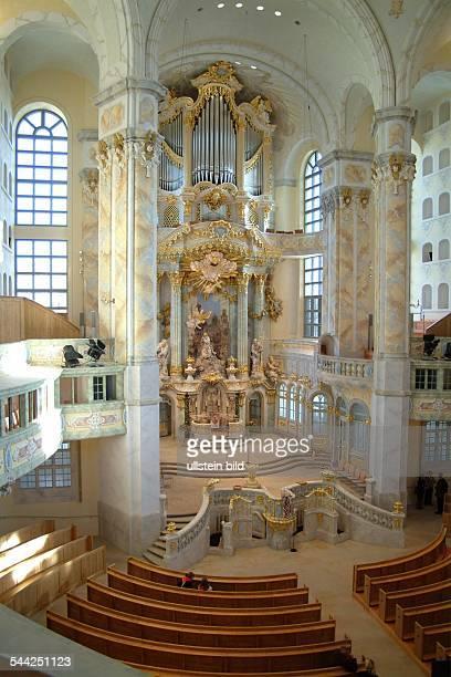 Deutschland Sachsen Dresden FrauenkircheHier ein Blick auf den Altar der wiederaufgebauten Kirche