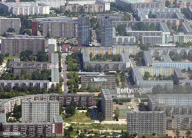 Deutschland, Sachsen-Anhalt: Halle, Wohnsiedlung Halle - Silberhöhe, Luftaufnahme