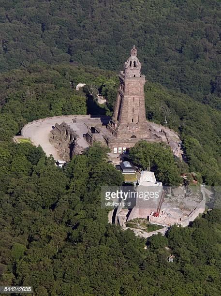 Deutschland, Thüringen: Kyffhäuser - Denkmal. - Luftaufnahme