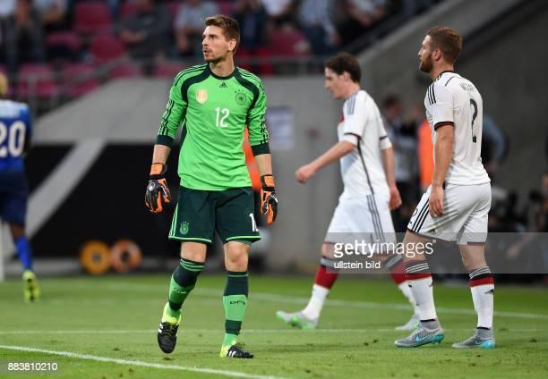 FUSSBALL Deutschland USA Torwart Torwart RonRobert Zieler Sebastian Rudy Shkodran Mustafi sind enttaeuscht