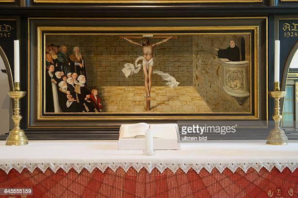 Deutschland Wittenberg Stadtkirche St Marien Altarbild von Lucas Cranach d Ä