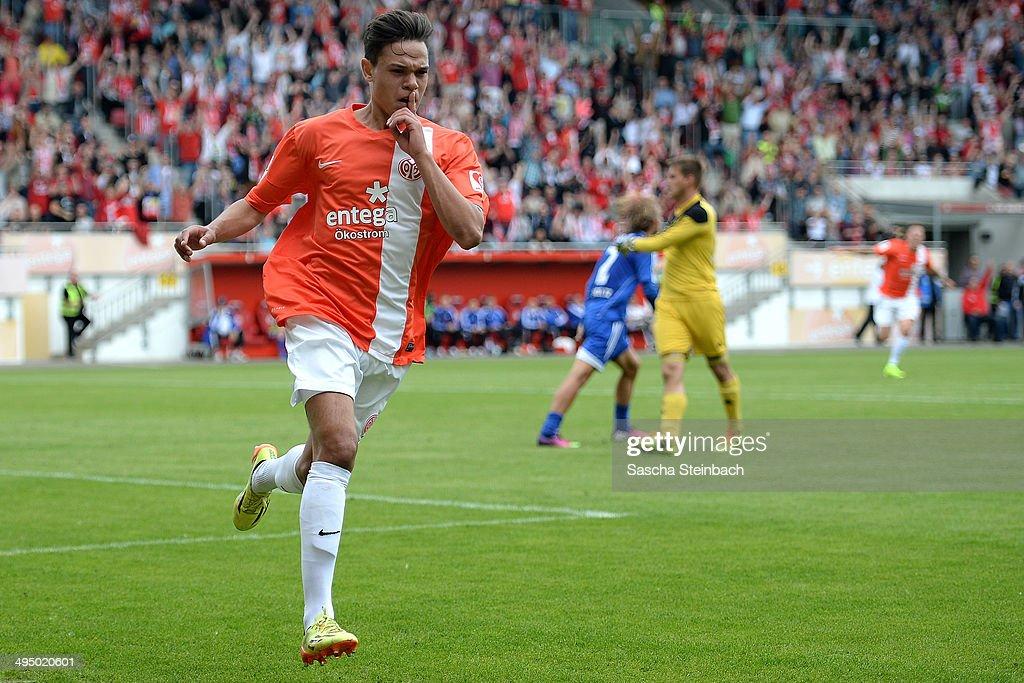 1. FSV Mainz 05 II v TSG Neustrelitz - 3. Liga Playoff Leg 2 : News Photo