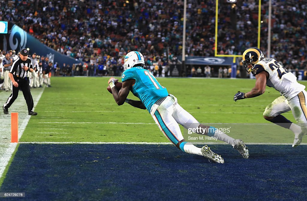 Miami Dolphins v Los Angeles Rams : News Photo