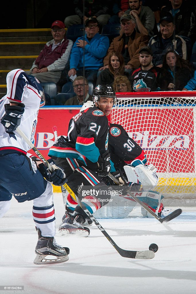 Devante Stephens #21 of the Kelowna Rockets looks for the shot against the Tri-City Americans on October 21, 2016 at Prospera Place in Kelowna, British Columbia, Canada.