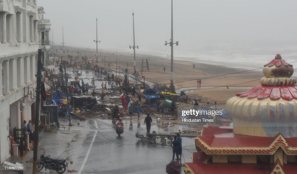 Cyclone Fani Lashes Eastern India : News Photo