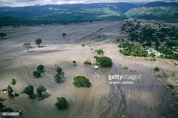 Devastation of the town of Armero, Colombia after the eruption of Nevado del Ruiz. The town of Armero was destroyed on November 13, 1985 in the...