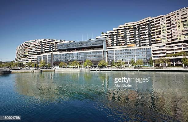 development of apartments along rhone - seeufer stock-fotos und bilder