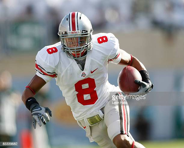 Devier Posey of the Ohio State Buckeyes catches a pass for a first down in the second quarter against the Michigan State Spartans on October 18 2008...