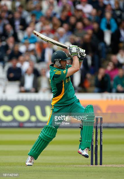 AB deVilliers of South Africa hits out during the 4th NatWest Series ODI between England and South Africa at Lord's Cricket Ground on September 2...