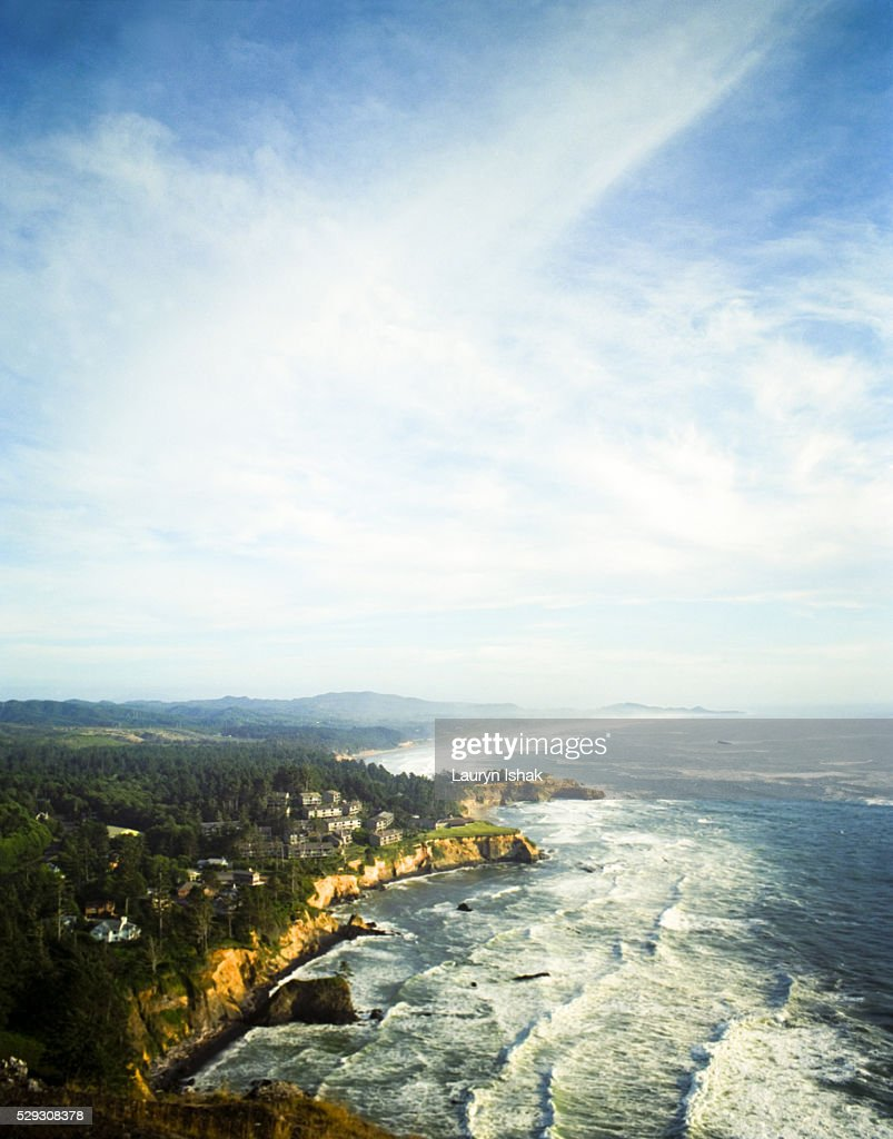 Devil's Punchbowl State Park on Oregon coast : Stock Photo