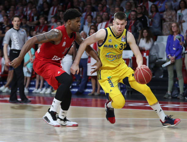 DEU: FC Bayern Basketball v Alba Berlin - Play Offs Final Game 1