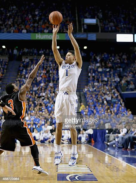 Devin Booker of the Kentucky Wildcats shoots the ball during the game against the Georgetown College Tigers at Rupp Arena on November 9 2014 in...