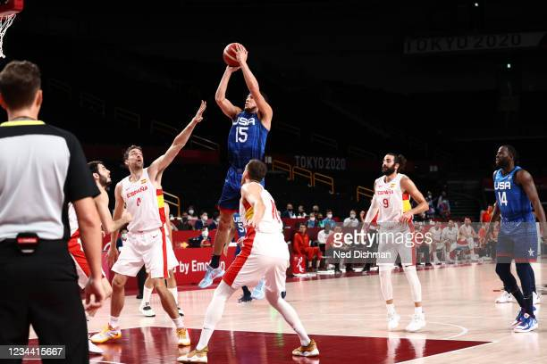Devin Booker of the USA Men's National Team shoots against Team Spain in the mens quarterfinal round at the Super Saitama Arena on August 3, 2021 in...