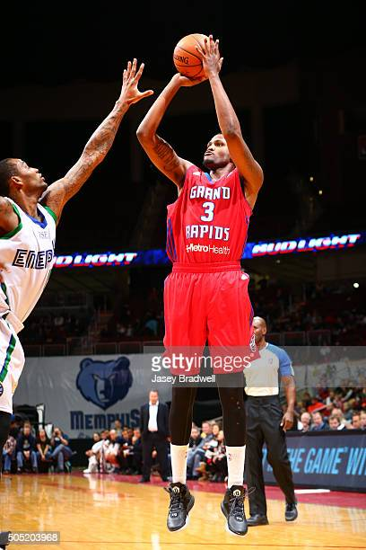 Devin Ebanks of the Grand Rapids Drive shoots the ball against the Iowa Energy in an NBA DLeague game on January 15 2016 at the Wells Fargo Arena in...
