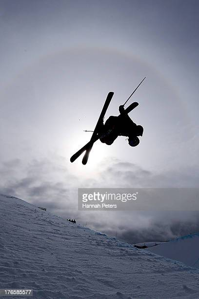Devin Logan of the United States of America competes during qualifying for the FIS Freestyle Ski Halfpipe World Cup during day two of the Winter...