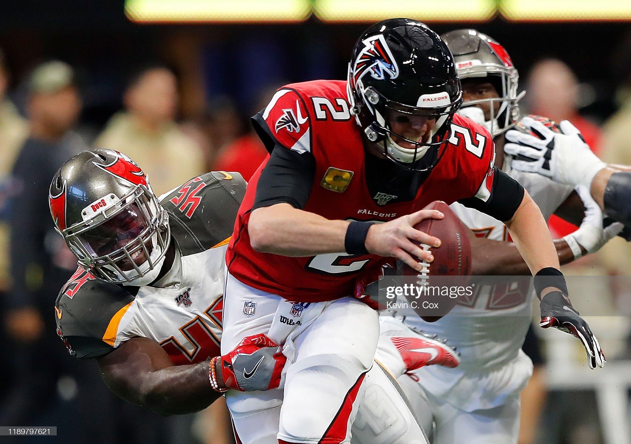Tampa Bay Buccaneers vAtlanta Falcons : Foto jornalística